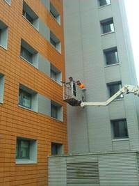 Beschichtungsarbeiten an der Fassade