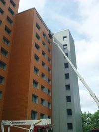 Reinigungsarbeiten an der Fassade 1